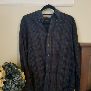 Mens navy plaid medium dress shirt.